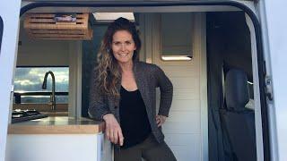 PROFESSIONAL LEVEL Self-Build with ALL MOD-CONS 🚿🚽 |  Dodge Sprinter Van Tour  🇺🇸🚐
