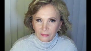 Maquiagem Marrom com Sombra brilhante