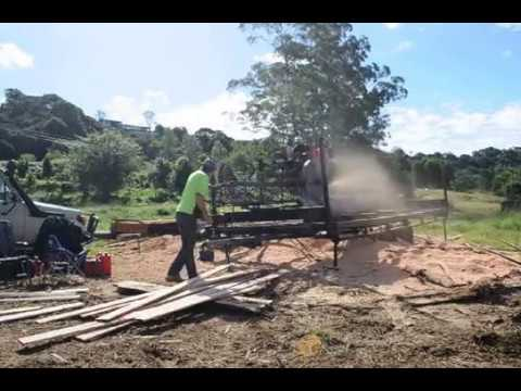 Mobile Sawmill In Action In Qld