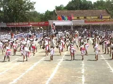 Chhattisgarhi Folk Dance Panthi Nacha by Girls of School Chhattisgarh Bilaspur