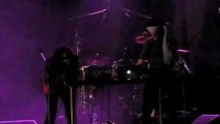 La Kuizine - 19th Nervous Breakdown