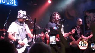 Highway To Hell - Sex Sells Bon Jovi Tribute with PHIL X (Bon Jovi Pre Show Party, Milan - MULTICAM)
