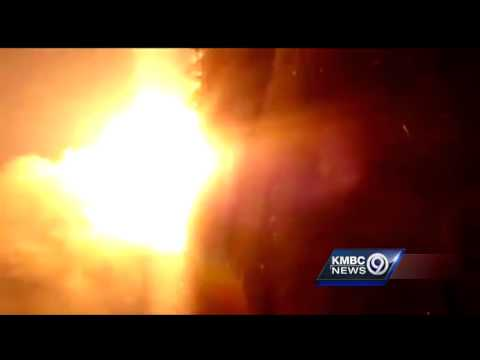 Pipeline explodes in Pettis County