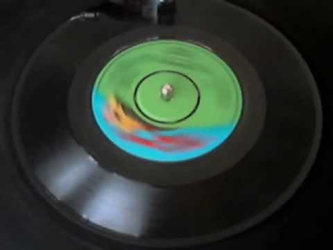 1976 - Elton Jhon - Kiki Dee - Don't Go Breaking My Heart