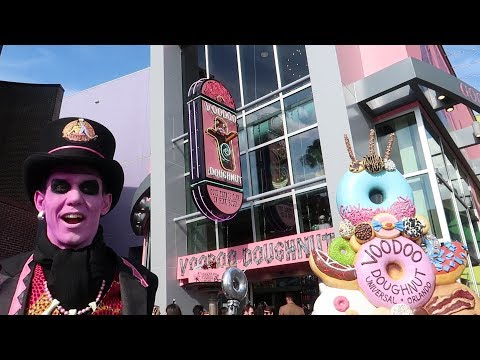 Universal Studios & Citywalk Update | Voodoo Doughnuts Officially Open, Trying New Foods & More!