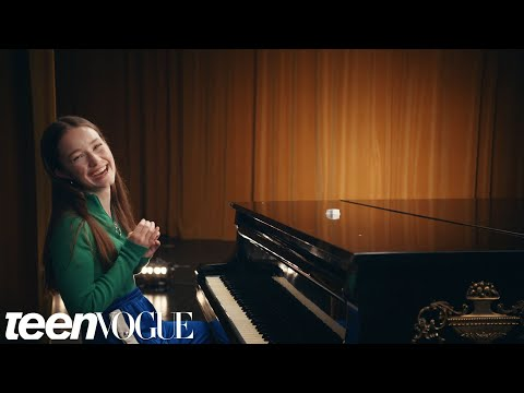 Sigrid Turns a Fortune Cooking Into Lyrical Magic