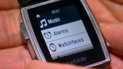 CNET News - Pebble introduces Steel smartwatch, app store