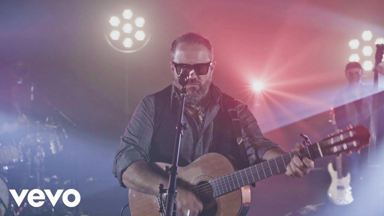 Download The Mavericks - Recuerdos (Official Performance Video)