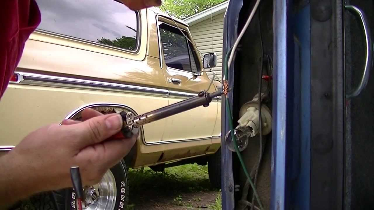 Blue F 150 Topper Dome Light Rewiring Youtube