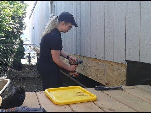 GIRL Gets It Done! - Mobile Home Renovation : E022 / BC Renovation Magazine