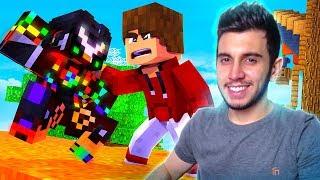 QUE HACK É ESSE? BANINDO HACKERS (USEI CRIATIVO) - Minecraft Skywars