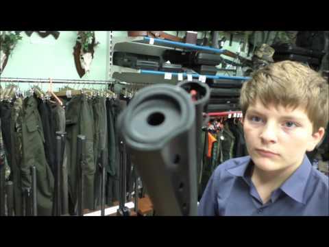 видео: Оружейный магазин в Сербии