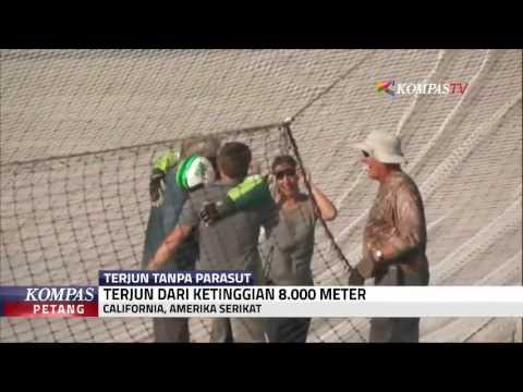 Download Terjun dari Ketinggian 8.000 M Tanpa Parasut