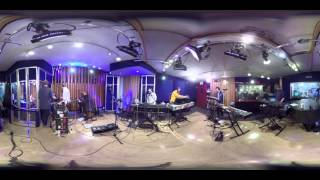 "Hot Chip performing ""Need You Now"" Live in KCRW VR"