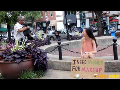 Красивая девушка или бездомная девушка: кому вы поможете?