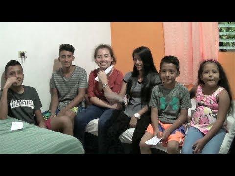 Saludos de los cipotes de Live El Salvador 1