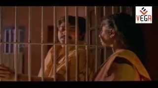 Saagaram Saakshi - Karayathe Kannurang Song