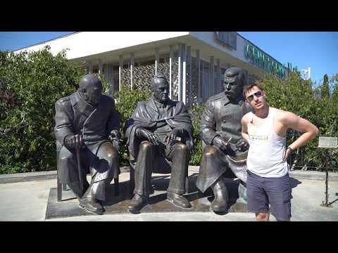 Крым: Ливадийский дворец, Массандровский дворец, Колодец Тик-Кую, Мангуп-Кале, водопад Джур-Джур.