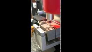видео Привязка ключей Ford Focus II после замены приборки
