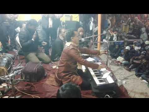 Gunah Karte Raho- एतराफ़ मत करना (Live) मरहूम जानी बाबू from YouTube · Duration:  15 minutes 46 seconds