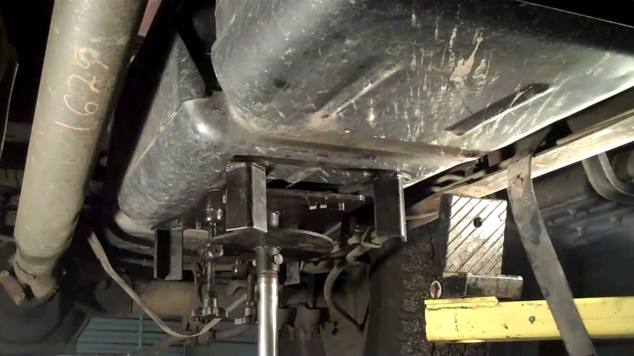 how to replace the electric fuel pump in a chevy tahoe auto maintenance repairs wonderhowto [ 1280 x 720 Pixel ]
