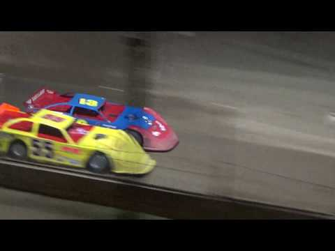 Late Model Heat #3 at Crystal Motor Speedway, Michigan on 09-15-2018!