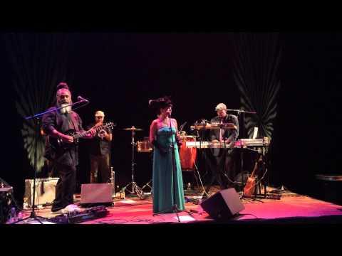 "Elastic Bond performing ""Corazon"", March 8, 2015"