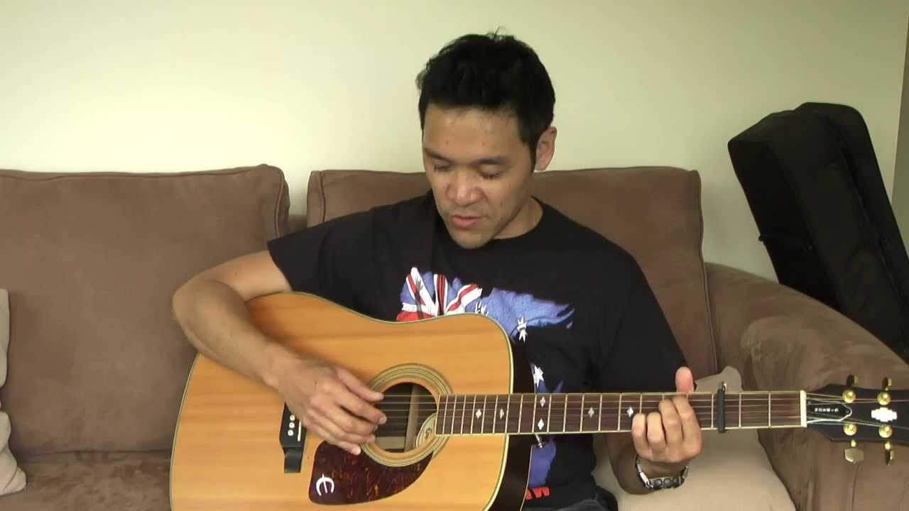 how to learn plucking in guitar