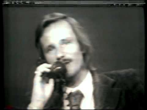 GAY ACTIVIST ANSWERS QUESTIONS 1972