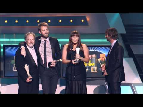 """lady-antebellum-wins-album-of-the-year-for-""""need-you-now""""---acm-awards-2011"""