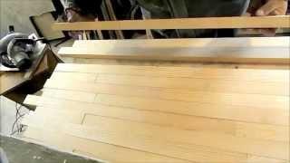 Столешница и точное продольное соединение шип - паз на фрезерном столе.(Так как фрезы для шипового соединения нет , и нет никакого присадочного инструмента ,нашёл простой выход..., 2015-03-13T13:59:08.000Z)