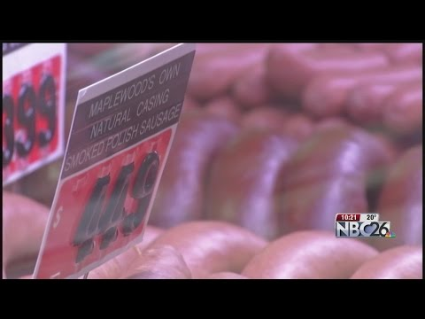 Olivia Munn Talks Rodgers, Maplewood Meats on Conan
