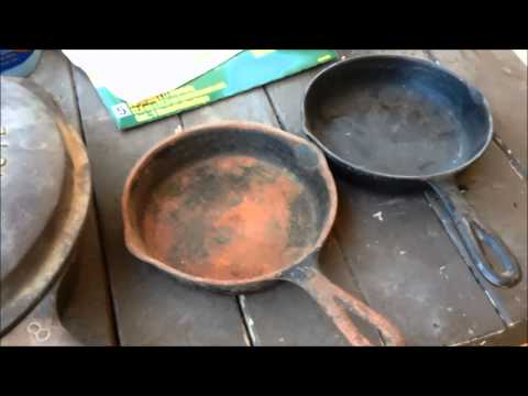 Electrolysis vs Vinegar cleaning cast iron pans. Which pan should I do??? Pt 1