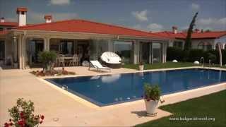 Официальное видео - Все Болгарские черноморские курорты за 5 минут AgentBG(Интересное видео о Болгарии. Осуществите видеопутешествие за 5 минут по местам отдыха в Болгарии на всех..., 2014-04-16T14:40:47.000Z)