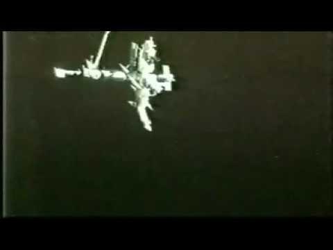 rare video Ufo - Sts-74
