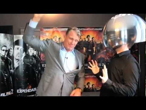 """Dolph Lundgren har kraften! Teaser til """"The Expendables 2""""-interview"""