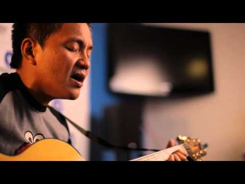 Ebe Dancel - Prom [Live At The Boardroom]