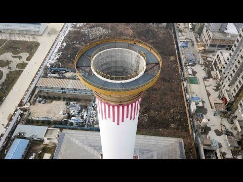 In Cina sperimentano enormi ciminiere per ripulire l'aria - Il Post