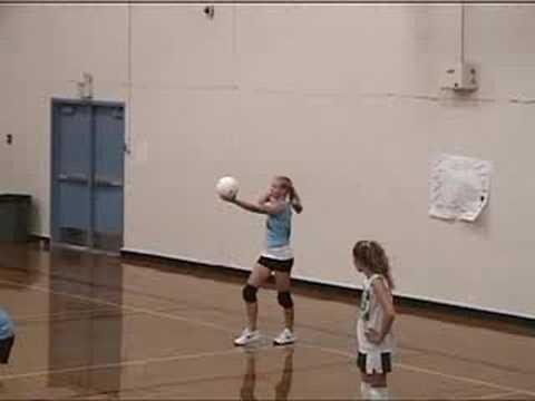 Volleyball - 8th Grade Holmes Jr. High