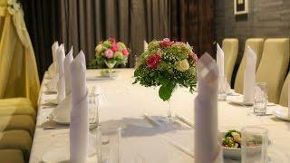 украшение зала шарами и цветами на свадьбу Алматы