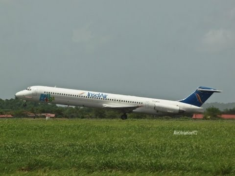 Amazing Martinique French Antilles early morning Take off MD80 HD 2012