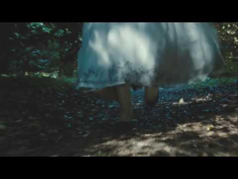Alice in Wonderland - Teaser Trailer