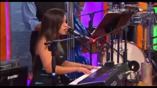 """La cantante dominicana Xarah con su tema """"No parece"""", en el Show de Fernando Hidalgo"""