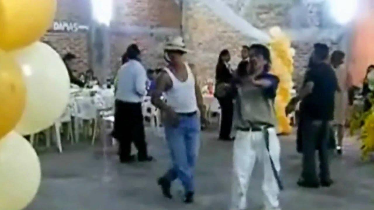 borrachos bailando UN RAYO DE SOL-ORIGINAL - YouTube