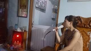 Hát karaoke trên loa bose 301 seri V chính hãng mua tại Nguyễn Kim