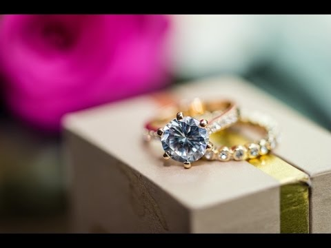 Ambient/1Light Capturing Wedding Details: Bridal Bling with Erik Valind