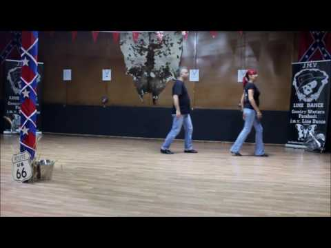 """How To Throw a Dog Friendly """"Howl-aween"""" Party 