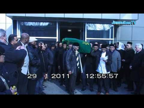 Ragmad Amatstam's begrafenis reportage