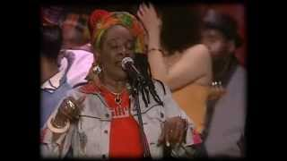 One Love, The Bob Marley All Star Tribute - 18 - Pass It On + One love