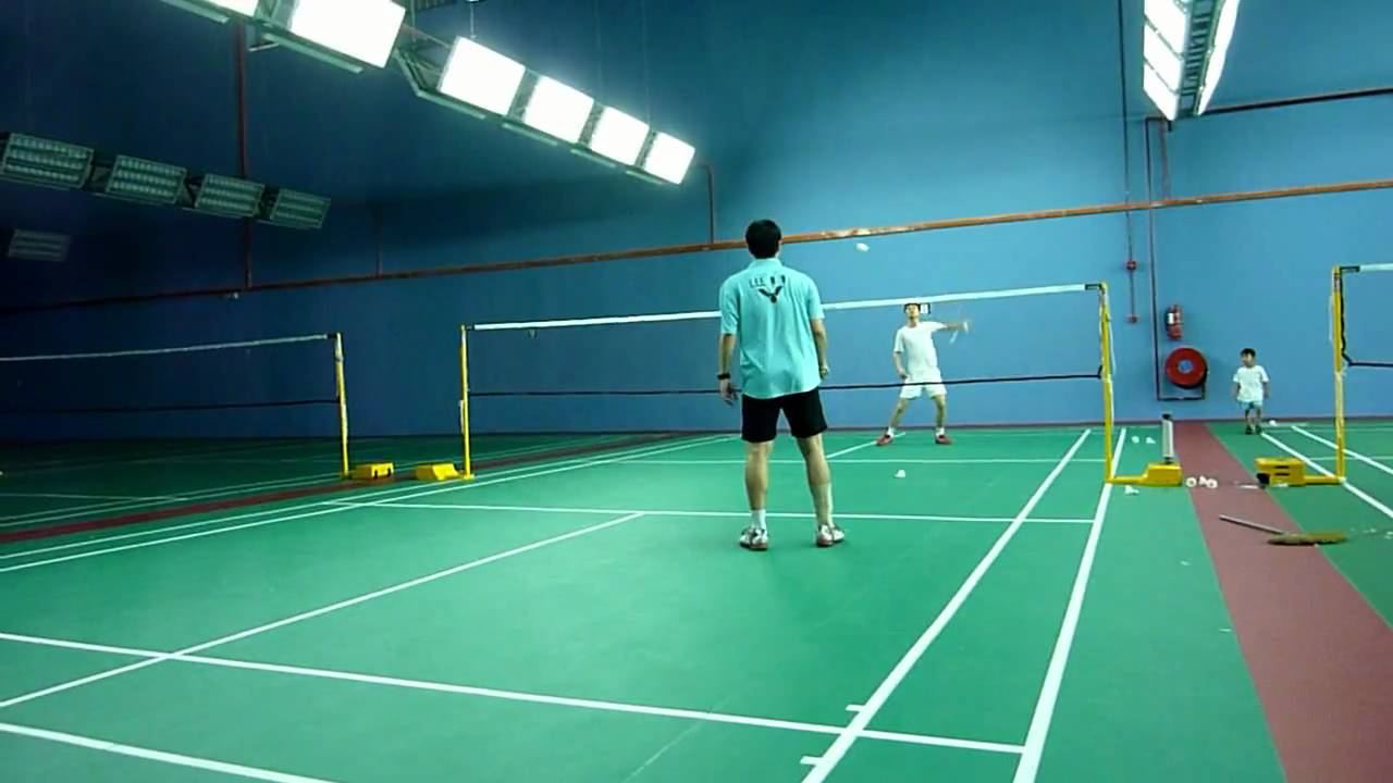 the different skills used in playing badminton essay I believe that one of the most overlooked skills in badminton is responsibility it is for the 'next shot' in 3 different when playing doubles (mixed or.